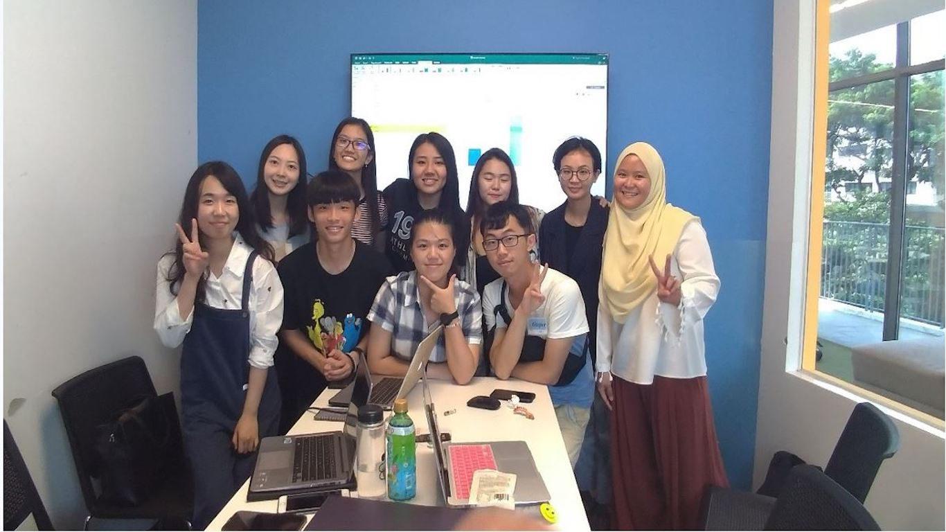 護理in新加坡-學生討論課堂報告